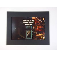 "V&A Museum Jenny Holzer(ジェニー・ホルツァー) ""PROTECT ME FROM WHAT I WANT"" poster