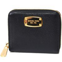 マイケルコースのコンパクト財布から新作が登場!シンプルなデザインに、ゴールドのロゴプレートがアクセン...