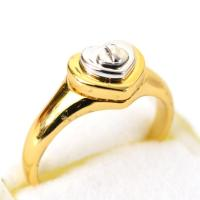 コーチからハートとターンロックが可愛いアメリカ限定の指輪が登場!純正の専用BOX付でプレゼントにもお...