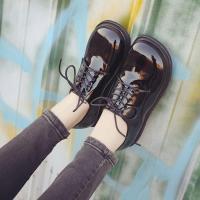 シューズレースアップシューズローファーレディース復古系ぺたんこエナメル靴フラットシューズ大きいサイズスクエアトゥフリンジコーデ