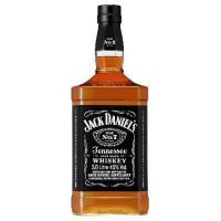 ジャックダニエルブラックは、「テネシーウイスキー」としてバーボンとは別格にランクされる、アメリカを代...