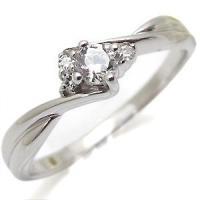 4月誕生石ダイヤモンドを一粒使用したシンプルデザインのプラチナ製リングです。 ※ダイヤモンドグレード...