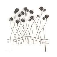植物を引き立てる、花のモチーフが素敵なトレリスです。 製造国:中国 素材・材質:スチール(粉体塗装)...