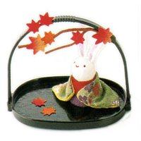 かご付兎 紅葉 秋の風物詩  手作りちりめん細工 和雑貨   リュウコドウ