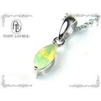 オパール天然宝石ネックレス 本物の宝石!職人の手で1つ1つ ハンドメイドでカットされた宝石は 輝きが...