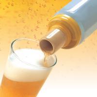ビアスムーザーは、見てのとおり缶ビールの口に取り付けてビールを注ぐと、ビールの泡がきめ細かくなるとい...