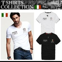 ワッペンをあしらったスカルモチーフの Tシャツです。  ハイドロゲンやDIESELなどのイタリアブラ...