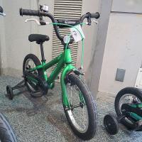 @自転車本体・フレーム≫ジュニア・キッズ(子供用自転車)≫幼児用自転車≫16インチ MERIDA(メ...