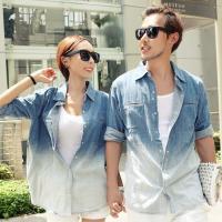ペアルックデニムシャツの登場! 流行のカップルお揃いコーデ! 恋人、夫婦2人で一緒に着てラブラブ感満...