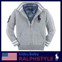 カレッジ風のフルジップコットンセーターです。 襟とリブのボーダー柄とBig Ponyの刺繍が特徴です...