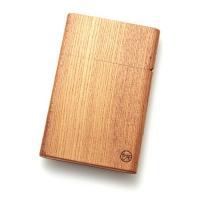 オリジナル木製家具の製造販売を行う「ヤクモ家具製作所」より職人の試行錯誤により生まれた「木製名刺入れ...