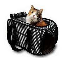 【商品詳細】  軽くて持ちやすいキャリーです。猫にストレスを与えない狭すぎず広すぎない空間を確保して...