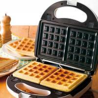 着脱式サンドメーカー2in1 KDHS-004W ホットサンド ワッフル 家庭用 両面焼き 食パン 2枚焼き サンドイッチ お菓子作り
