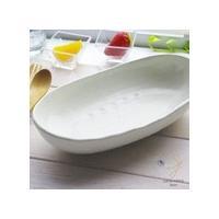 スタイリッシュでシンプル。それが基本。 白い食器は和食・洋食・中華と選ばず使えてとっても便利! 透き...