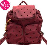 SEE BY CHLOE   カバン   鞄 シンプルなデザインがどんなスタイルにも合わせやすく、柔...