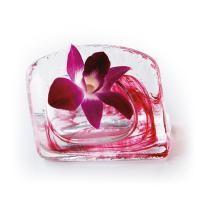 切り花を一輪生けるのに丁度な手づくり花器です。置物としてお洒落なインテリアにも。