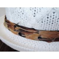 送料無料 帽子 ハット 中折れハット ニット中折れハット オフホワイト ざっくり編み 羽付き レディース メンズ ツバ帽子