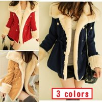 ◆襟と袖の裏地がモコモコ着心地の良いボリューミーなコートです ◆裏生地はキルティング仕様なので、とて...