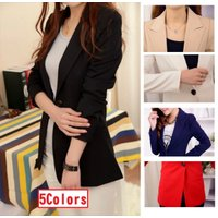 ◆サラッと羽織れるワンボタンのシンプルなジャケットです♪  ◆ウエストシェイプでロング丈なのでスタイ...
