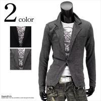 カット素材でカジュアルダウンしたテーラードジャケットと半袖Tシャツのアンサンブル。 季節の変わり目や...