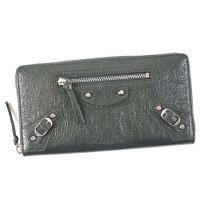 バレンシアガのラウンドファスナー式の長財布です。開閉ファスナーにはタッセルが付いているので、カッチリ...