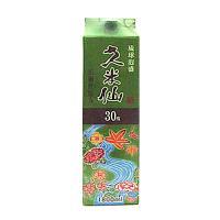 1978年泡盛業界は初の卓上ボトルとして発売以来、今なおロングセールスを続ける「久米仙グリーンボトル...