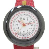 ルイ・ヴィトンのインパクトの高い時計「モントレLV2」。ポインターデイト・アラーム機能搭載。丸いフォ...