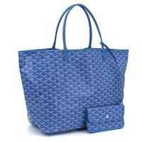 とても軽い上に、耐久性・防水性をも備えたゴヤールのバッグ。トラッドな柄でありながら、旬の着こなしにも...