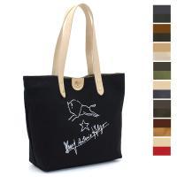 コットン×レザーのコンビが魅力的な、イルビゾンテのトートバッグ。手描き風ロゴマークと創業者のサインが...