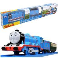 急行列車を引く大型機関車ゴードンが、プラレールに登場! 1スピード走行・スイッチOFFで手転がし可能...