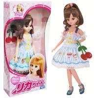 おいしそうなスイーツがテーマのリカちゃん人形です♪アップめなポニーテールにソフトクリームの飾りが付い...