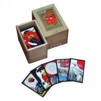 鬼札(ジョーカー)に金太郎の絵が描かれているのが名前の由来だと言われています。  札のデザインは現在...