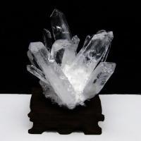 クリスタル水晶クラスター