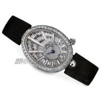 18世紀、ブレゲがナポリ王妃(ナポレオンの妹)のために製作した時計がモチーフ。 バゲットダイヤが惜し...