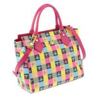 チェックデザインが可愛いおしゃれなトートバッグ!オーブのデザインが全面に施され、アクセントになってい...