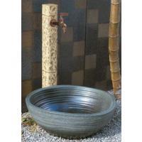 シャープで美しいアクセントを庭に添える陶器製の水受け ※【要】施工が必要 ※水栓柱は別途になります。...