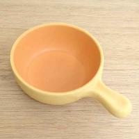 自宅でスペインバルが堪能できる、直火OKの片手鍋です。 今人気のタパス、アヒージョの鍋としてもおすす...
