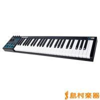 [特徴] ・フルサイズの49鍵盤MIDIキーボード ・ビート制作やサンプル・トリガに便利な、ベロシテ...
