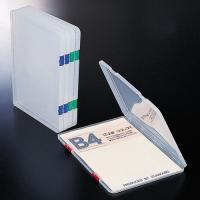 書類や小物をまとめて整理できるプラスチックケース。 ●規格:B4 ●色:本体=クリアー(※とじ具の色...