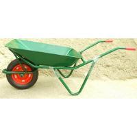土やセメントなどのかさの低いものを入れて運ぶのによく使用されます。