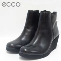 デンマークブランド【ecco エコー】は常に 履き心地の良い靴作りをしています。 上質レザーを使用し...