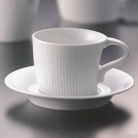 白山陶器の作品です下から上に伸び上がるようなデザインが特徴で、人気の商品です☆