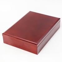 春慶色の鮮やかな文箱です。 A4サイズの書類が収まる大きさです。  【商品名】 文箱 春慶 【素材】...