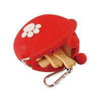 付属のカラビナでバッグやリードに取り付けられるので、 持ち運びにも便利で犬の散歩にぴったりです。 お...