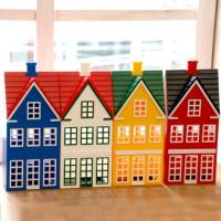 おしゃれなお家の形をしたデンマーク製の貯金箱。 100年以上の歴史を持つ、オリジナルのプラスチック製...
