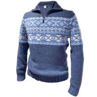 上質なカシミヤを使用し、丁寧に編み込まれたセーター。 柄部分は、「インターシャ」とよばれる編み方で、...