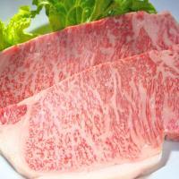 """""""サー""""という称号を与えられた部位サーロインは、まさにステーキの代名詞です。 相馬牛は非常に大きい個..."""