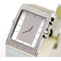 D&G TIMEの人気のLOGO SIDE EX レディース革ベルト時計。定番人気のホワイト...