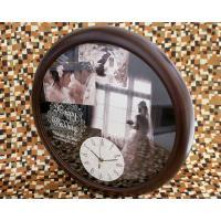 世界に一つだけのオリジナル壁掛け時計。二人の素敵な写真を3枚後用意ください。デザイナーがレイアウトし...