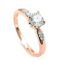 ハート爪が可愛い。 いつもの着こなしにも、よそ行きにもマッチしてくれそう。 ダイヤモンドは輝きの良い...